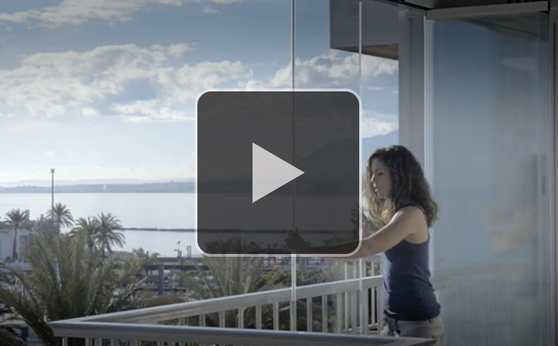 Glass-Dynamics-video-apertura-central