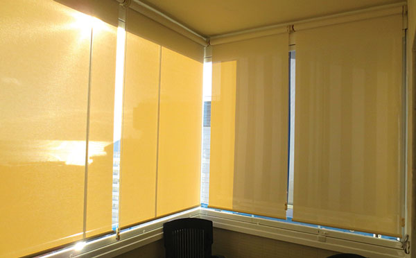 Glass-Dynamics-Cortinas-de-cristal-estor-enrollable-malaga